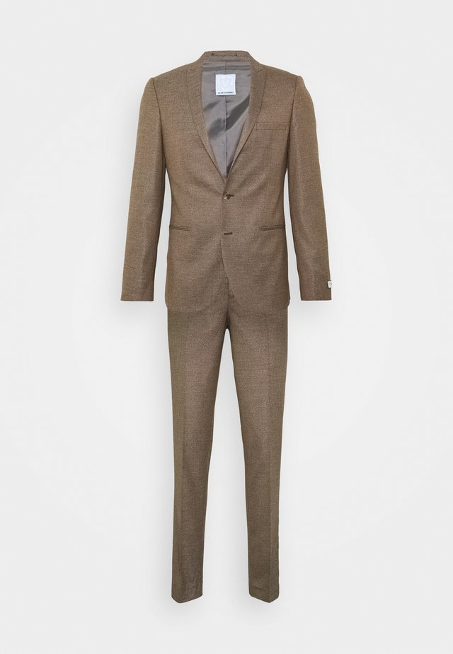 BODON SUIT - Suit - brown