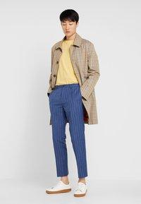 Viggo - ODDA CROPPED - Trousers - blue - 1