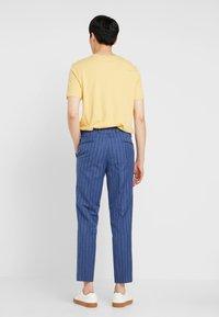 Viggo - ODDA CROPPED - Trousers - blue - 2