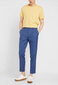 Viggo - ODDA CROPPED - Trousers - blue - 0