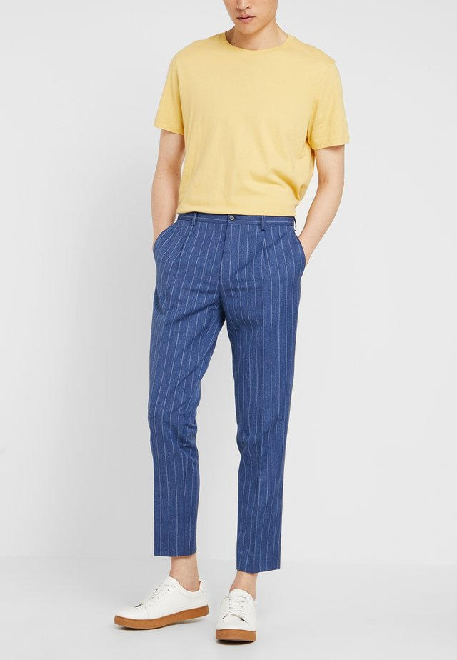 ODDA CROPPED - Trousers - blue