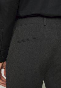 Viggo - OSTFOLD TROUSER - Pantalon classique - charcoal - 3