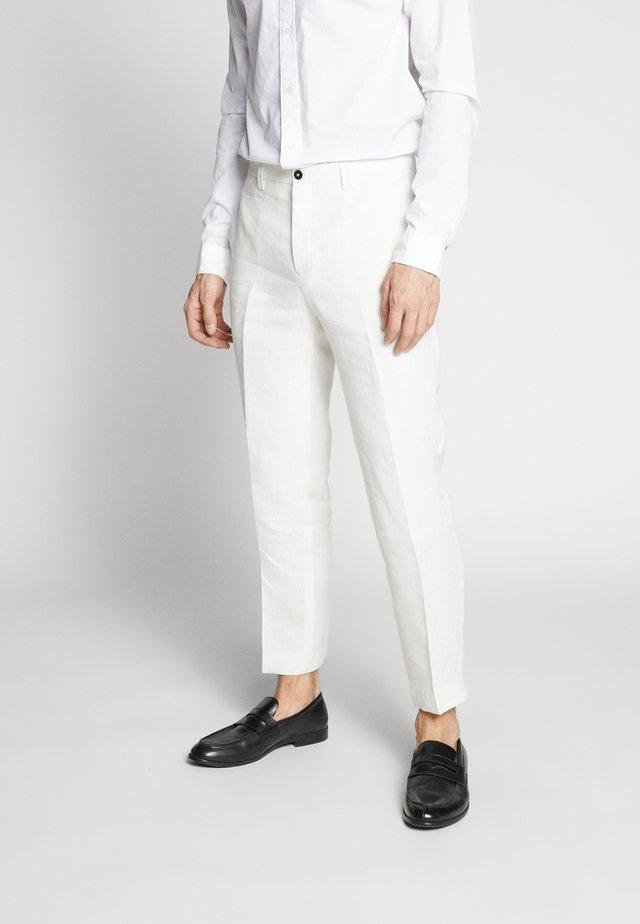 FINNMARK TROUSER - Trousers - white