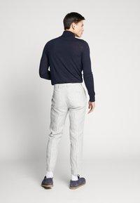 Viggo - MYSEN TROUSER - Pantalon classique - cream - 2