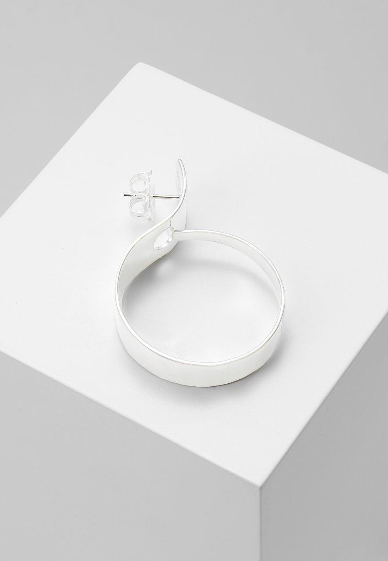 Vibe Harsløf - HOOP ORGANIC - Orecchini - silver-coloured