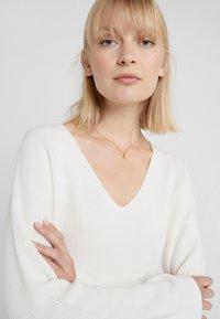 Vibe Harsløf - NECKLACE BALLOON LETTER PENDANT A - Halskette - gold-coloured - 1