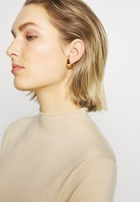Vibe Harsløf - SMALL HOOP  - Earrings - gold - 1