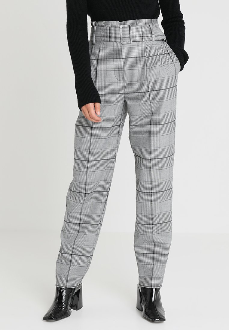 Vince Camuto Petite - PAPERBAG WAIST GLEN PLAID PANTS - Kalhoty - rich black