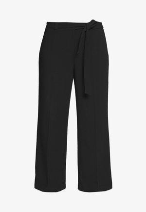 WIDE LEG BELTED PANTS - Pantalon classique - black