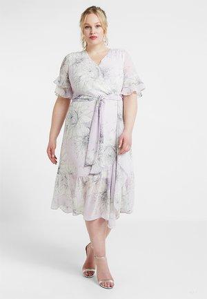 TIERED RUFFLE BLOSSOMS WRAP DRESS - Vestido largo - fresh lilac