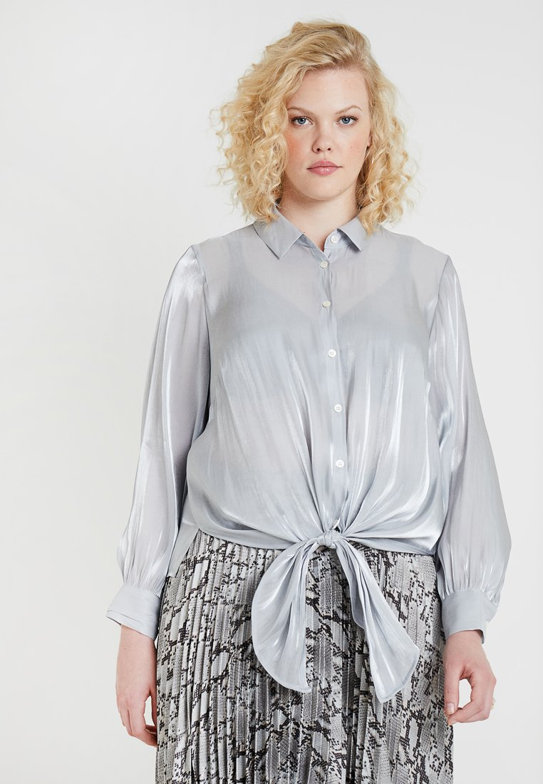 Vince Camuto Plus - DOWN TIE IRIDESCENT - Bluse - silver dust