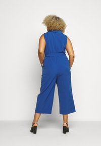 Vince Camuto Plus - BELTED - Overall / Jumpsuit /Buksedragter - blue - 2