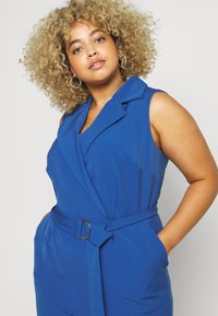 Vince Camuto Plus - BELTED - Overall / Jumpsuit /Buksedragter - blue - 4