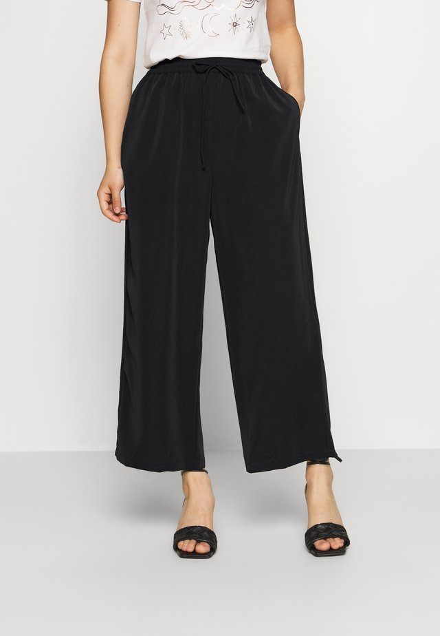 VIBASIKA  PANTS - Broek - black