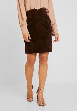 VIMUSA SKIRT - Pencil skirt - puce