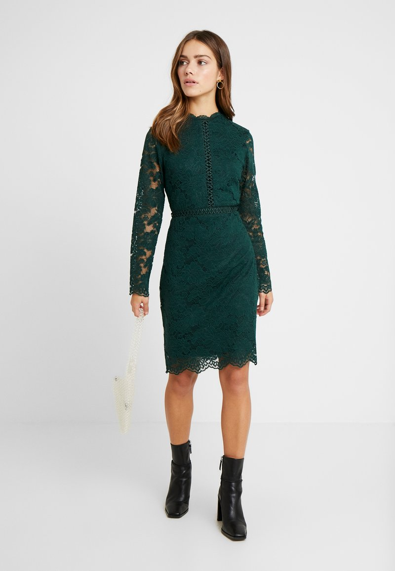 VILA PETITE - VISIRITA DRESS - Korte jurk - pine grove