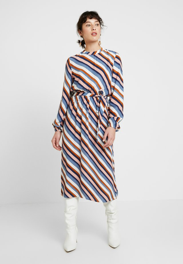 VIANSEL MIDI DRESS - Korte jurk - cloud dancer/multi