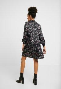 VILA PETITE - VIDAGO SHORT DRESS - Korte jurk - black - 3