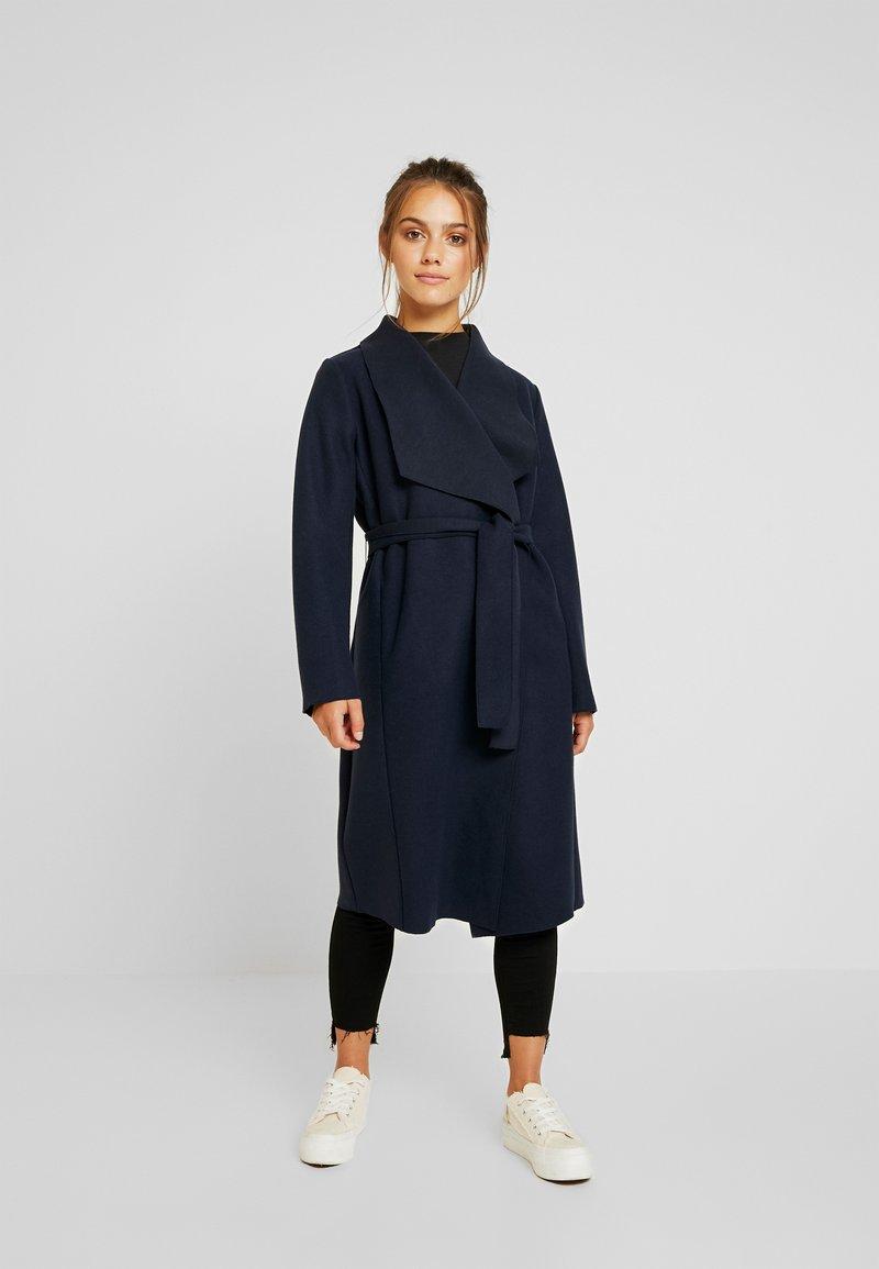 VILA PETITE - VIBALIS LONG JACKET - Zimní kabát - navy blazer