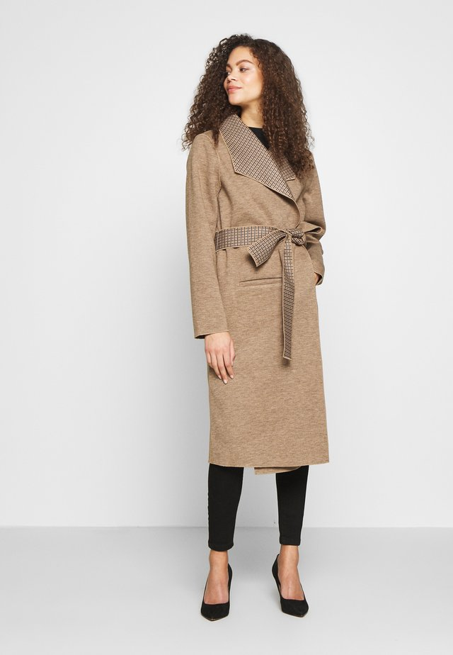 VIJUICE 2IN1 CHECK COAT - Classic coat - natural melange