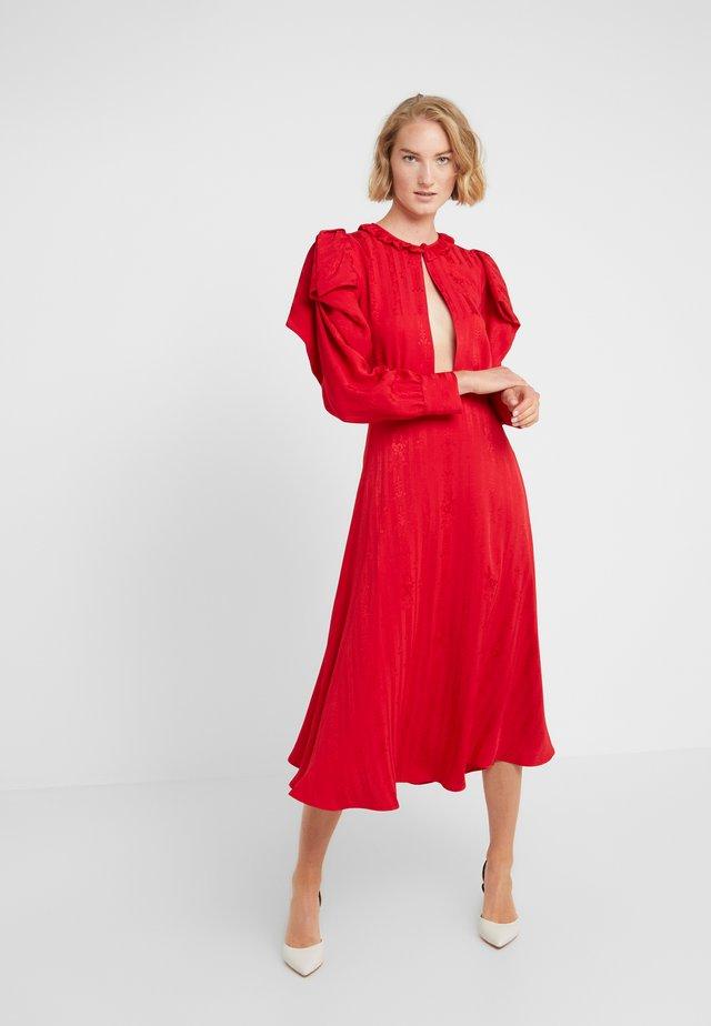 Sukienka koktajlowa - rosso