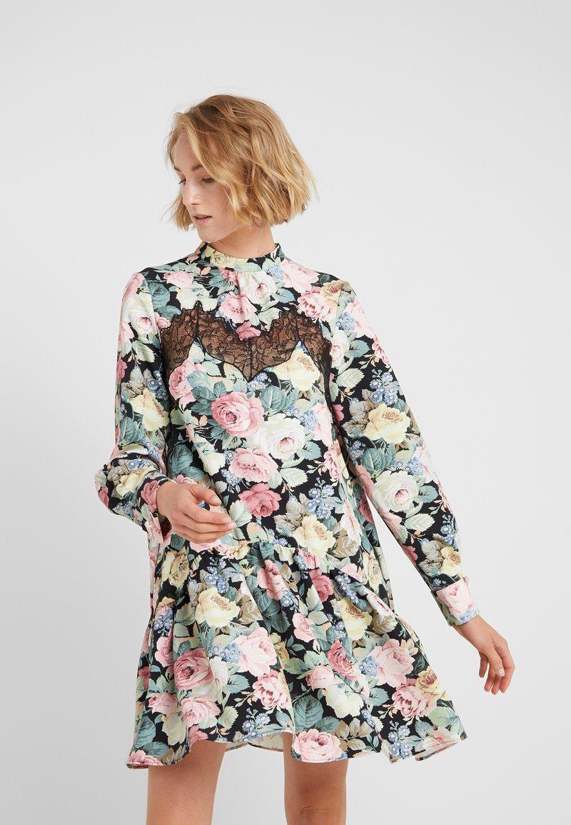 Vivetta - Day dress - nero/rosa