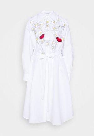 DRESSES - Blusenkleid - white