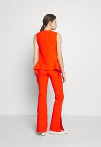 Victoria Victoria Beckham - DRAPE DETAIL SHELL - Blouse - flame red - 2