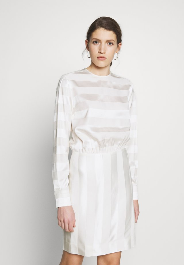 TONAL STRIPE DRESS - Korte jurk - ivory