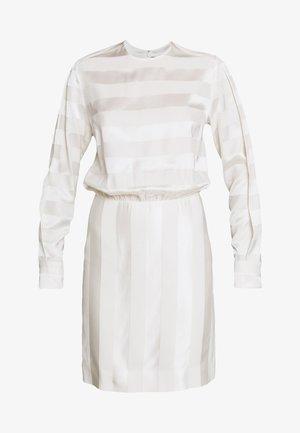 TONAL STRIPE DRESS - Vapaa-ajan mekko - ivory