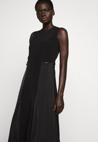 Victoria Victoria Beckham - SLIT DETAIL DRESS - Denní šaty - black - 9