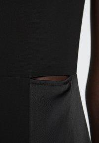 Victoria Victoria Beckham - SLIT DETAIL DRESS - Denní šaty - black - 5