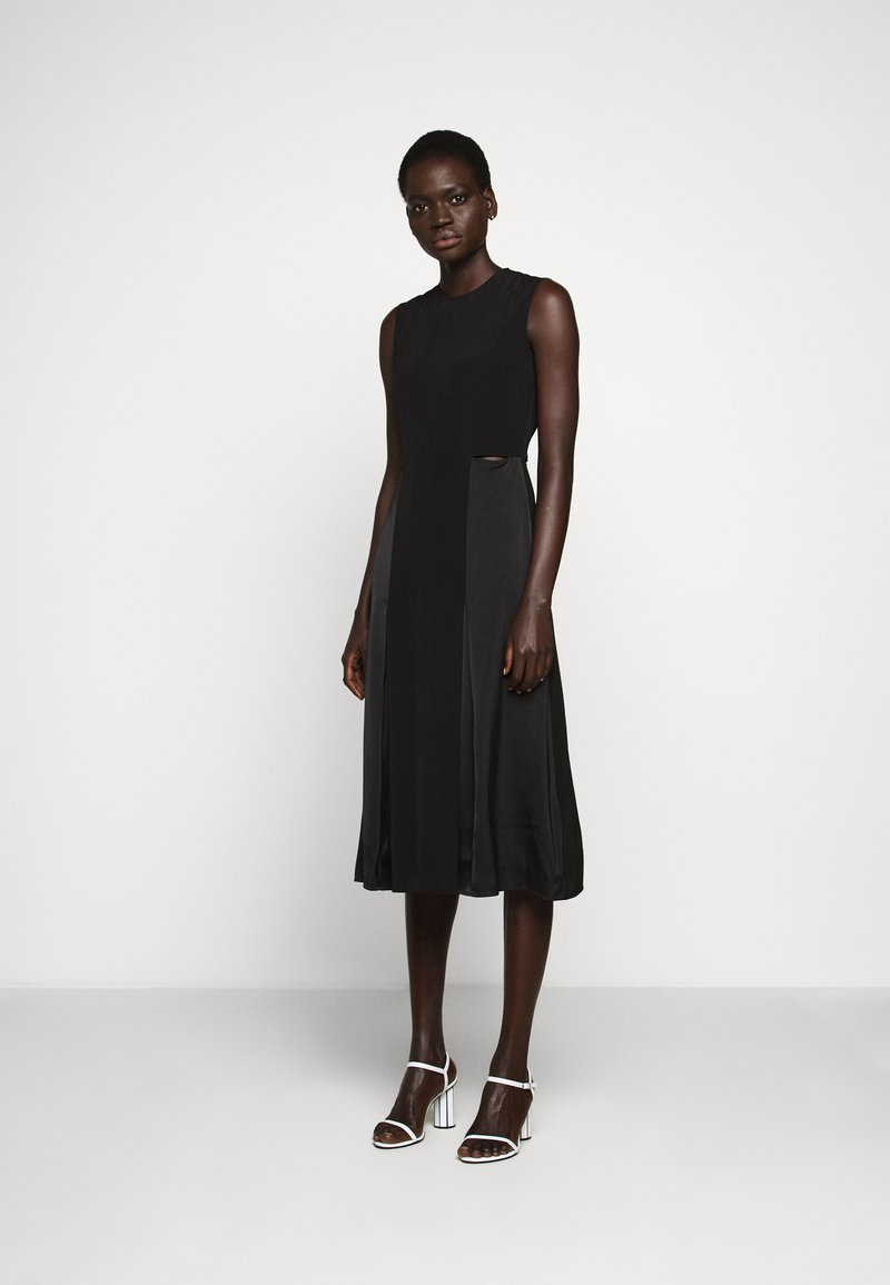 Victoria Victoria Beckham - SLIT DETAIL DRESS - Denní šaty - black