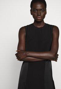 Victoria Victoria Beckham - SLIT DETAIL DRESS - Denní šaty - black - 7