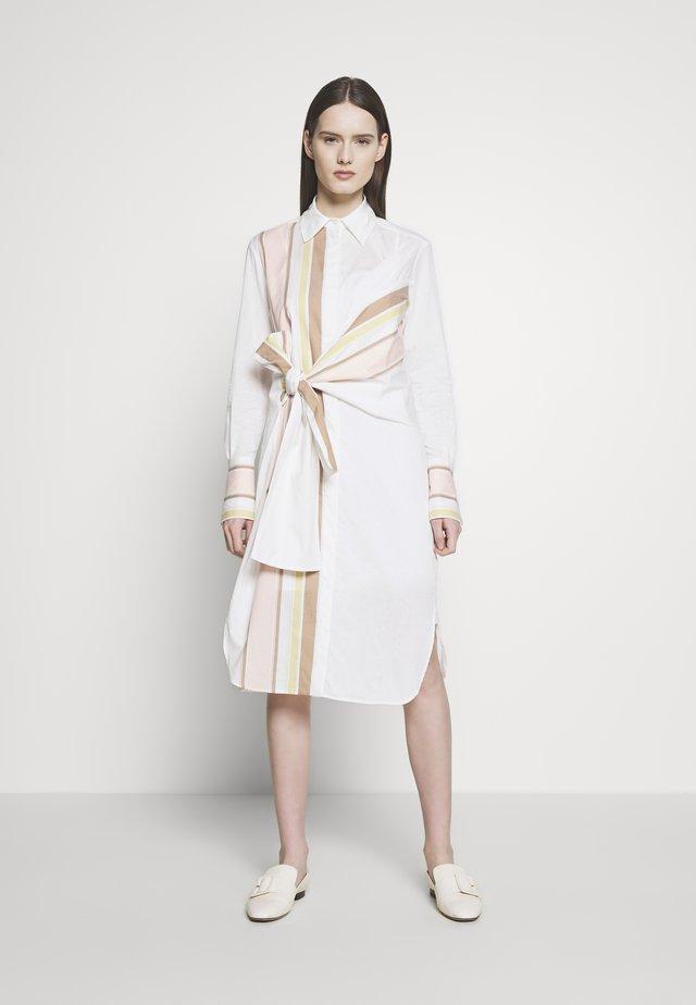 THE DETAIL SHIRT DRESS - Skjortekjole - white