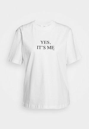 IT'S ME - Print T-shirt - white