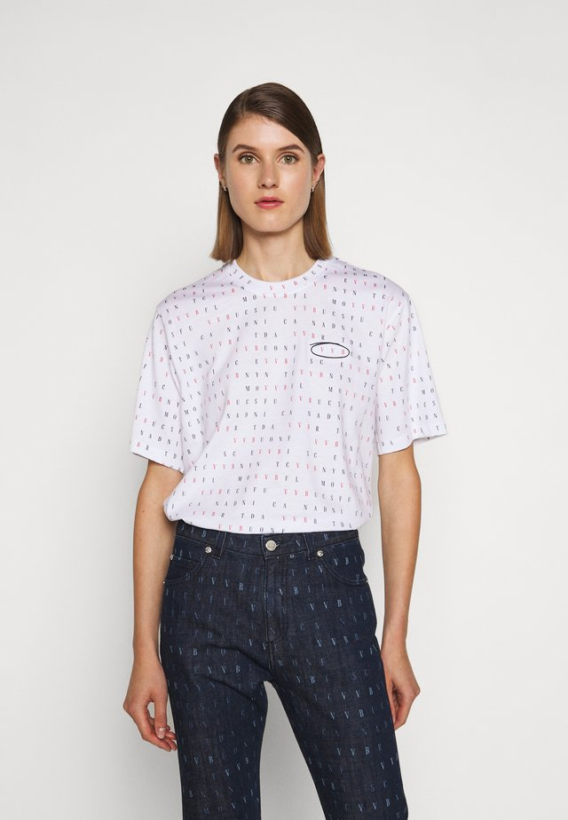 WORD SEARCH - T-shirts med print - white