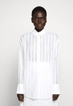 OVERSIZED CLASSIC SHIRT - Camicia - white