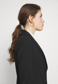 Victoria Victoria Beckham - TUXEDO JACKET - Krátký kabát - black - 4