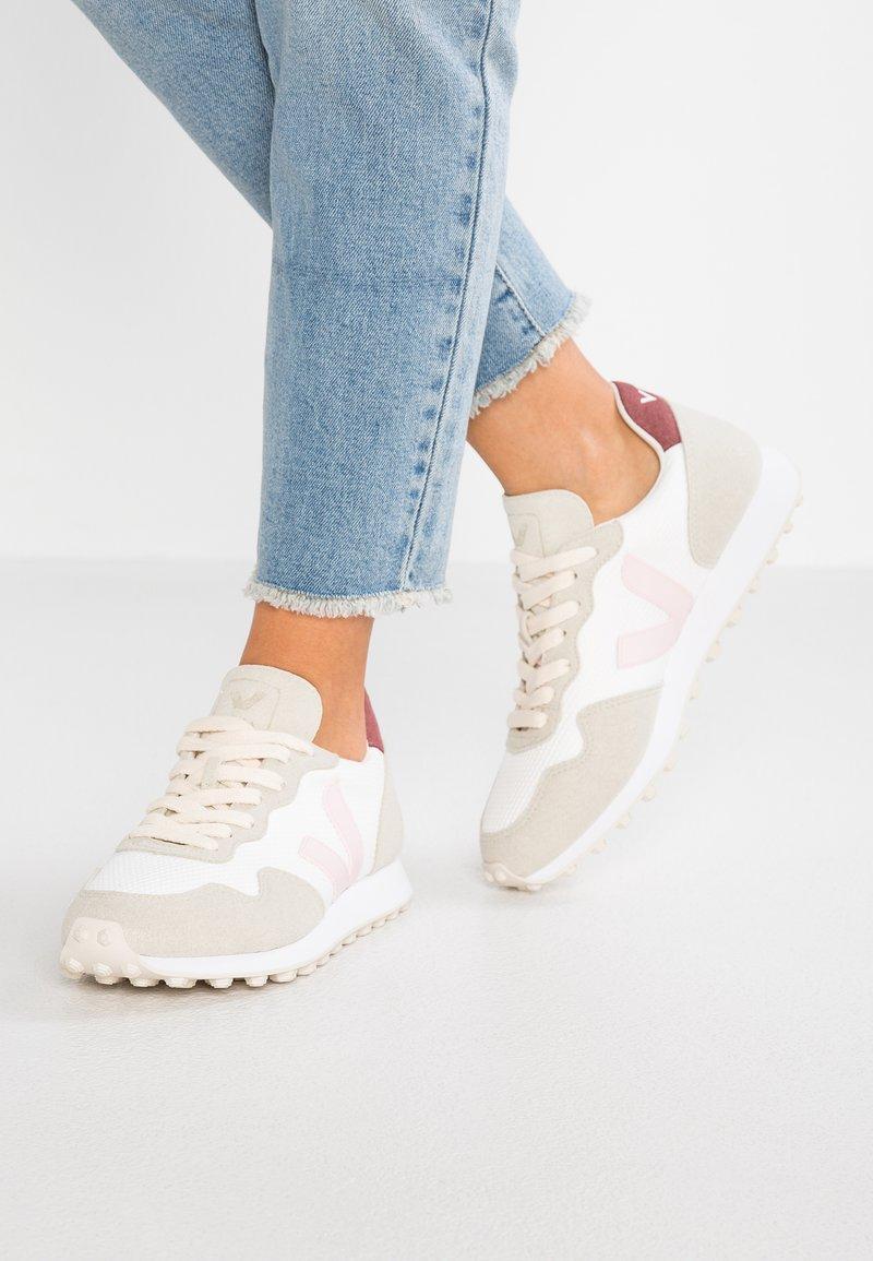 Veja - HEXA - Zapatillas - white