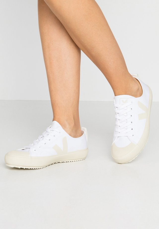 NOVA - Sneakers - white/pierre