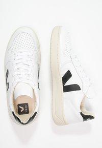 Veja - V-10 - Sneakers laag - extra white/black - 4