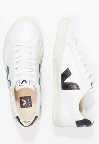 Veja - ESPLAR - Matalavartiset tennarit - extra white/black - 2