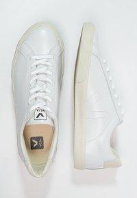 Veja - ESPLAR - Matalavartiset tennarit - extra white - 1