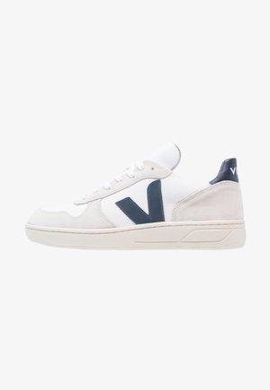 V10 MESH  - Trainers - white/nautico