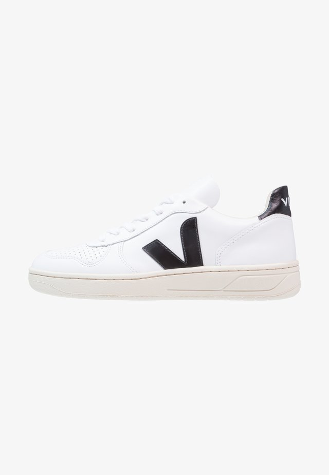 V10 LEATHER - Sneakersy niskie - extra white/black