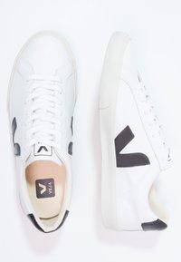 Veja - ESPLAR - Trainers - extra white/black - 1