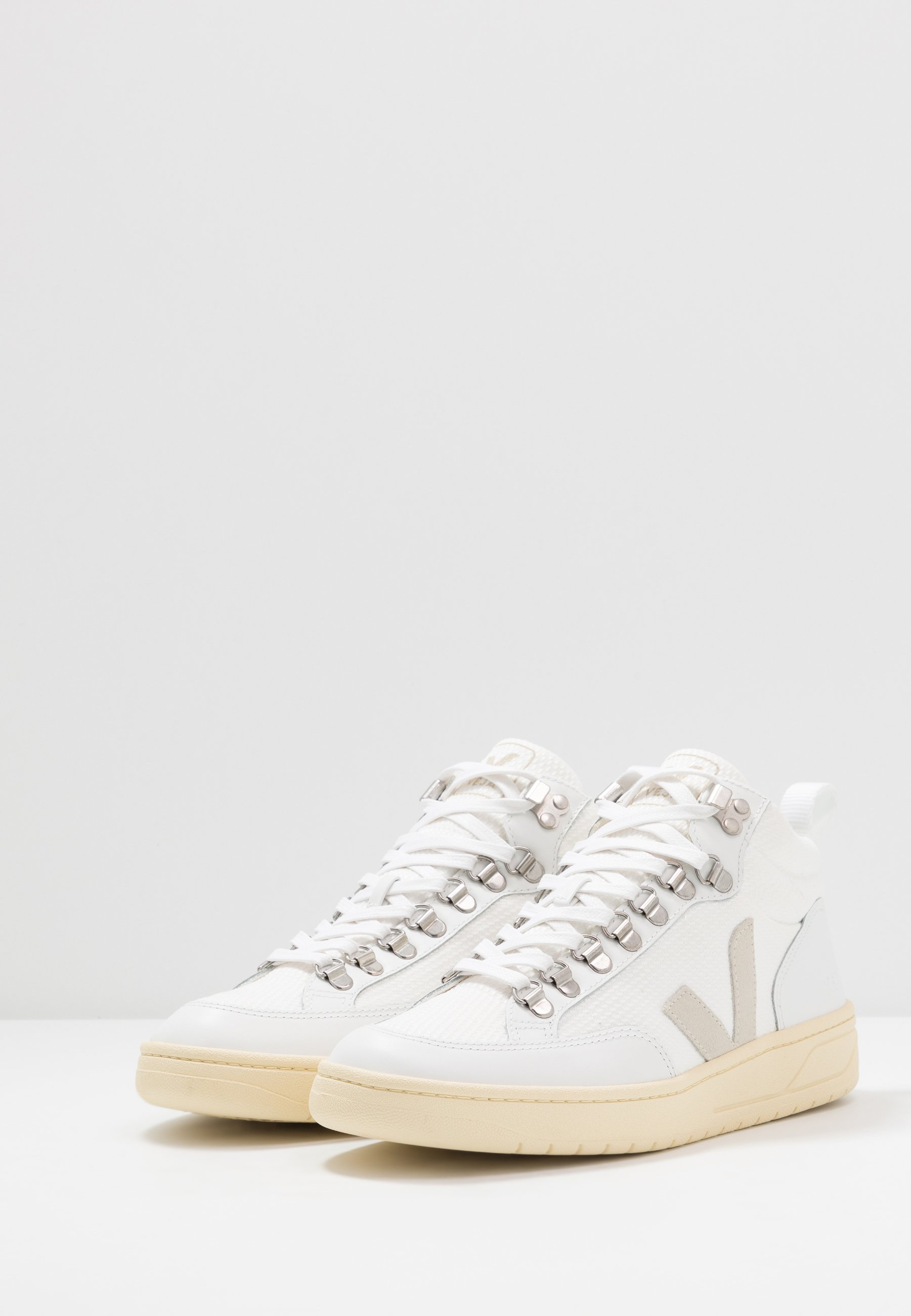 Veja Roraima - Sneaker High White Natural Black Friday