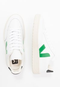 Veja - V-12 - Trainers - extra-white/emeraude/black - 1