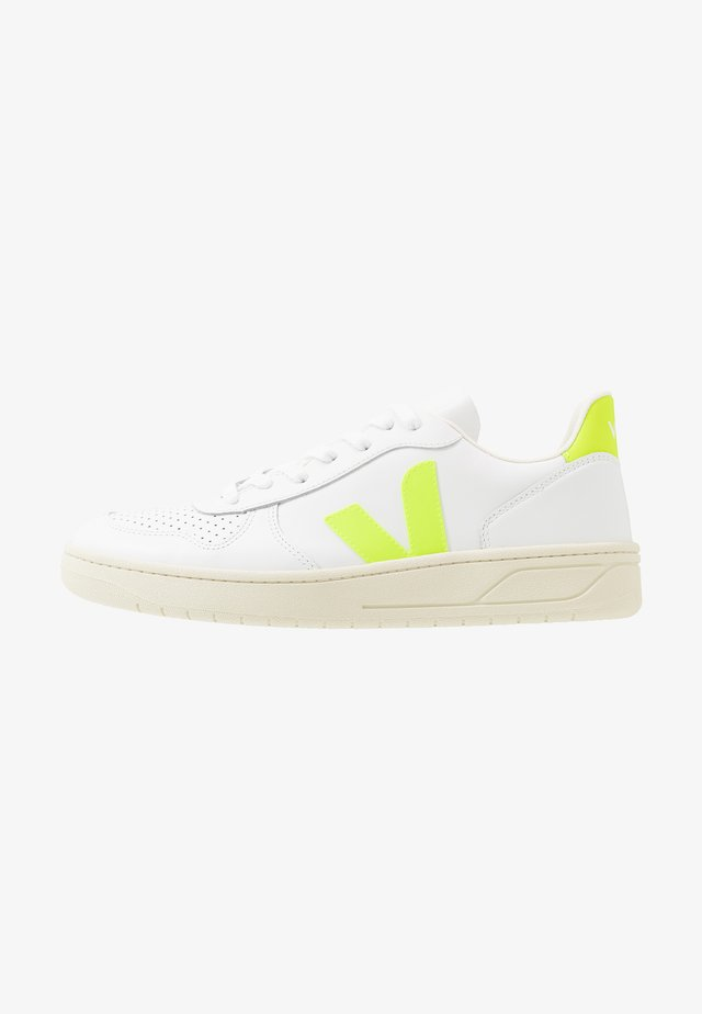 V-10 - Sneakers - extra-white/jaune-fluo